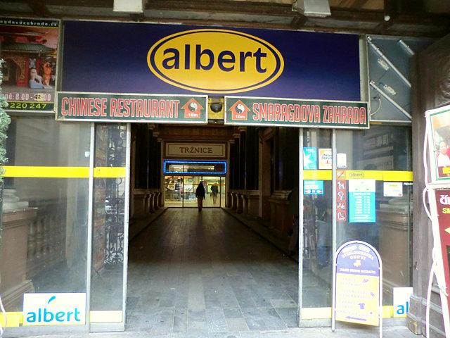 プラハ albert