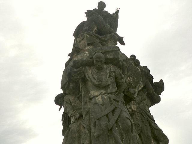 カレル橋 ザビエル像