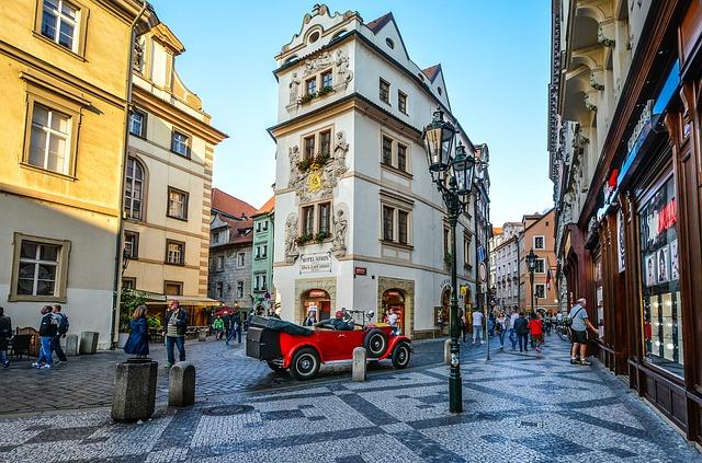 プラハのカルロヴァ通り