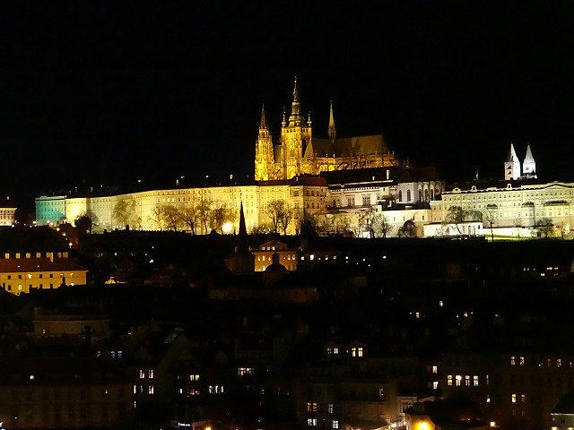 プラハ城の夜景