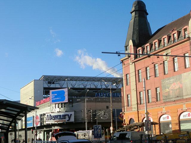 チェスケー・ブディェヨヴィツェの駅前ビル