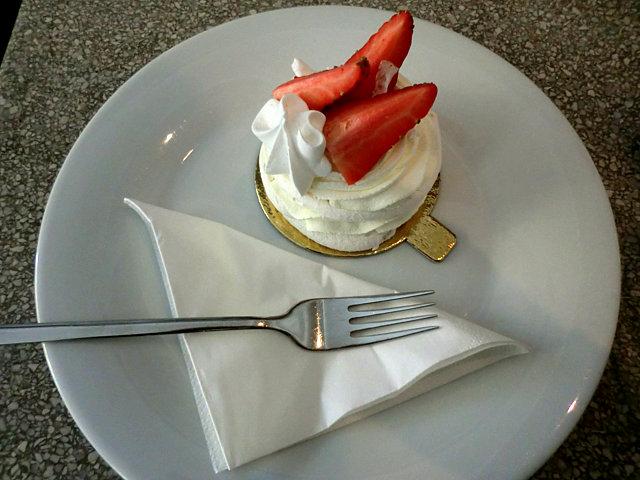 パスタカフェのケーキ