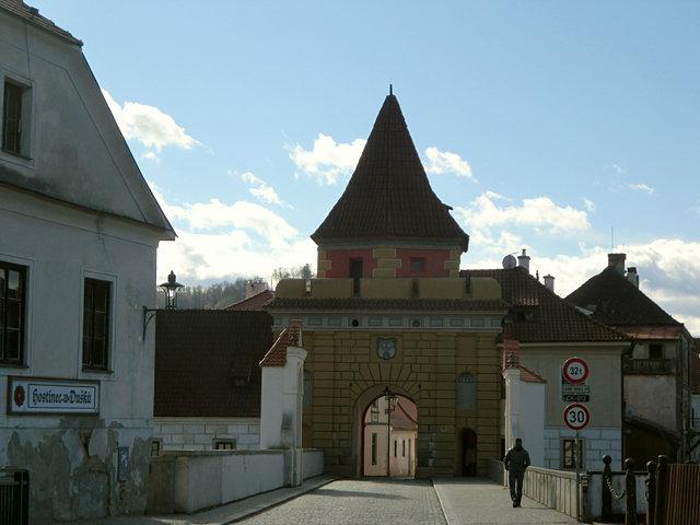 チェスキー・クルムロフの城門