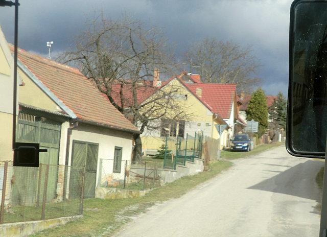 ホラショヴィツェまでの道