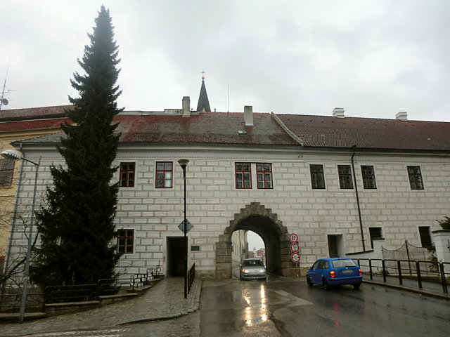 トジェボンの城門