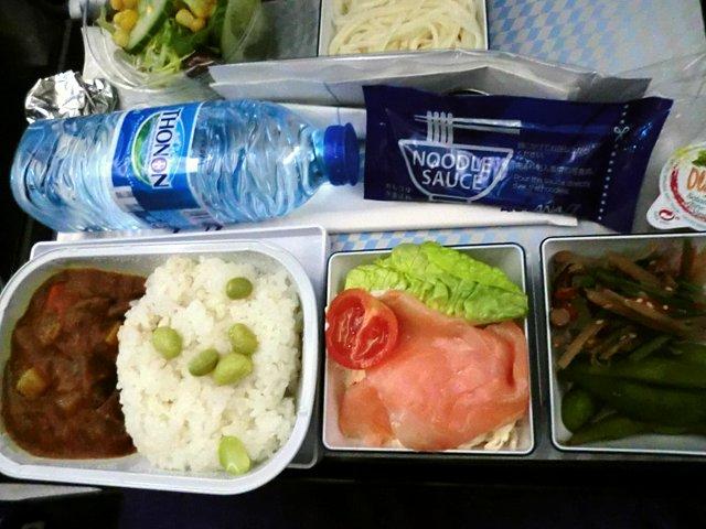 ANAウィーン線の機内食