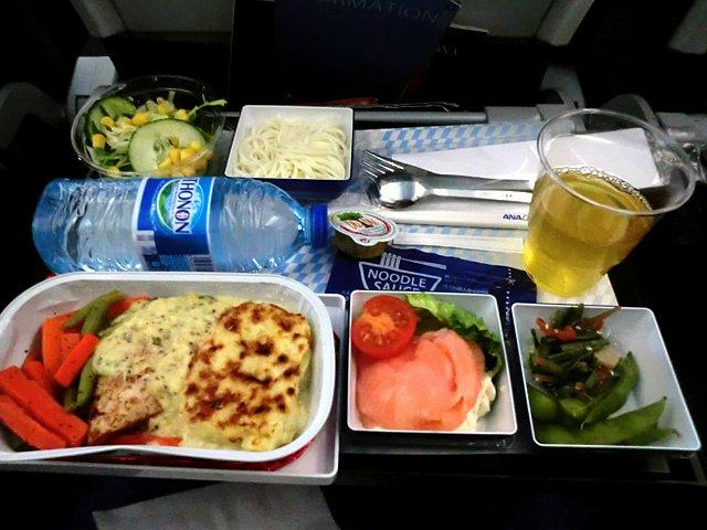 ANAウィーン線機内食