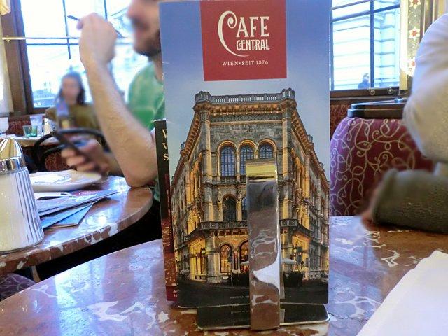 カフェ・ツェントラル
