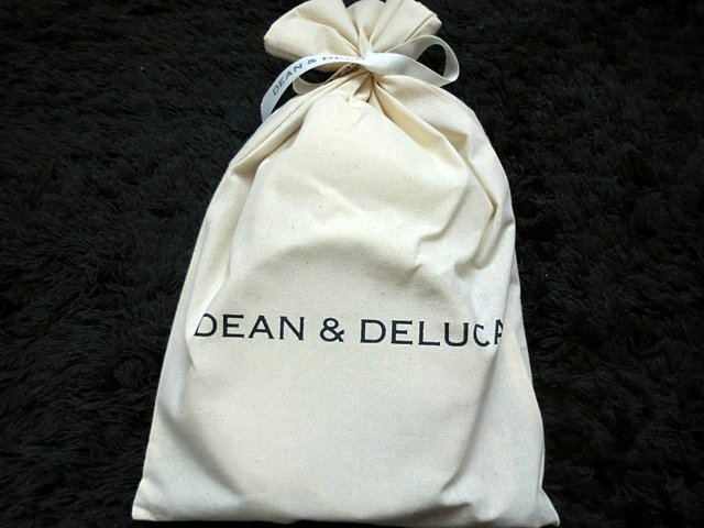 DEAN&DELUCAのラッピング