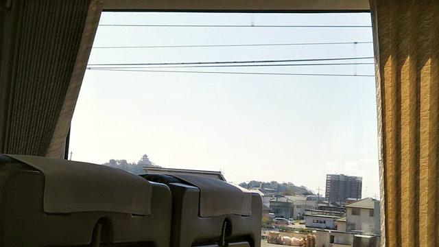 特急ワイドビューひだから見た犬山城